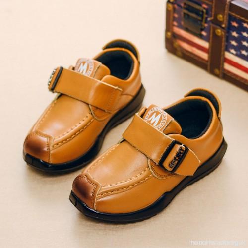 کارخانه تولید کفش بچه گانه